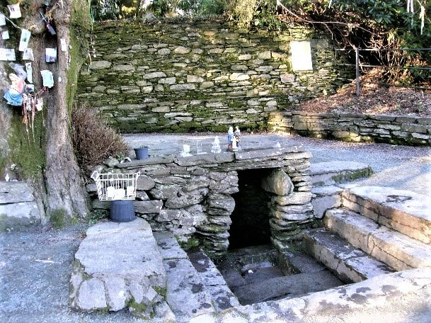 Picture_St_Gobnaits_Well_Ballyvourney